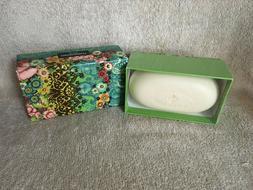 Sealed Box Cynthia Rowley 300g / 10.5 oz Fiorentino Bath / B